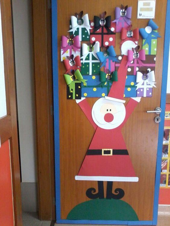 Come decorare le porte a natale nuvolosit variabile for Puertas decoradas navidad material reciclable