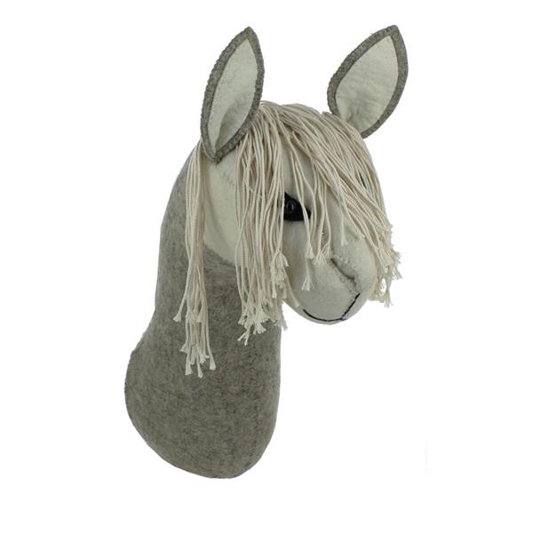 fiona_walker_england_llama_felt_animal_head_wall_mounted_fionawalker_lama_vilten_dierenkop_voor_aan_de_muur_2_elenfhant_600-x-600-px