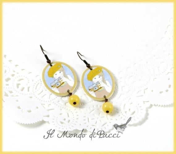 orecchini-orecchini-a-perno-little-girl-con-3208163-bimba-foto-gialallo-9df2a_570x0